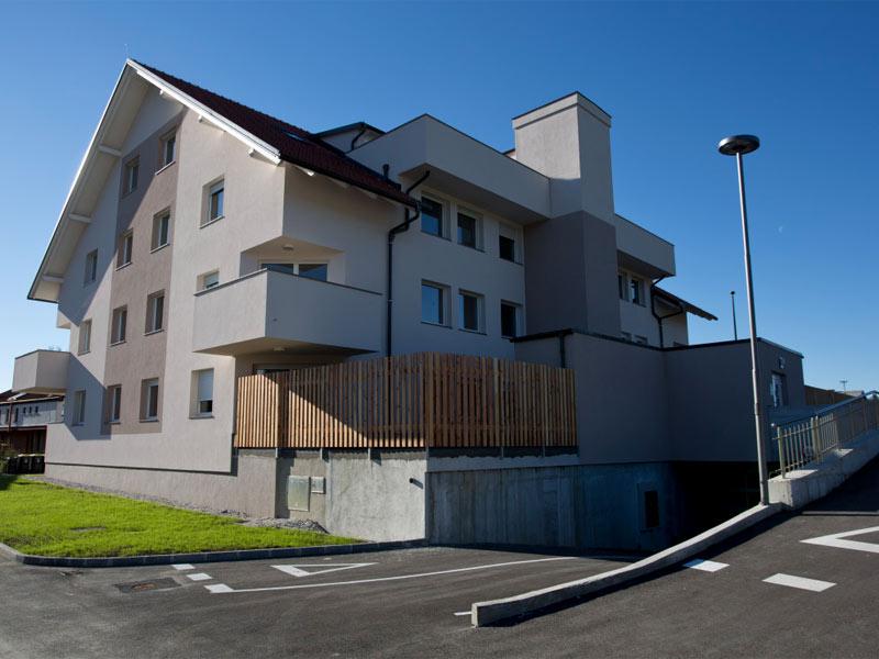 Nov vila stanovanjski blok v Dolu pri Ljubljani